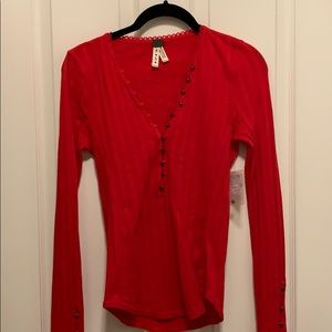 NWT Free People textured Henley size small in red
